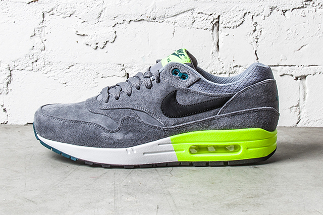 Nike-Air-Max-1-Premium-Grey-Volt-1