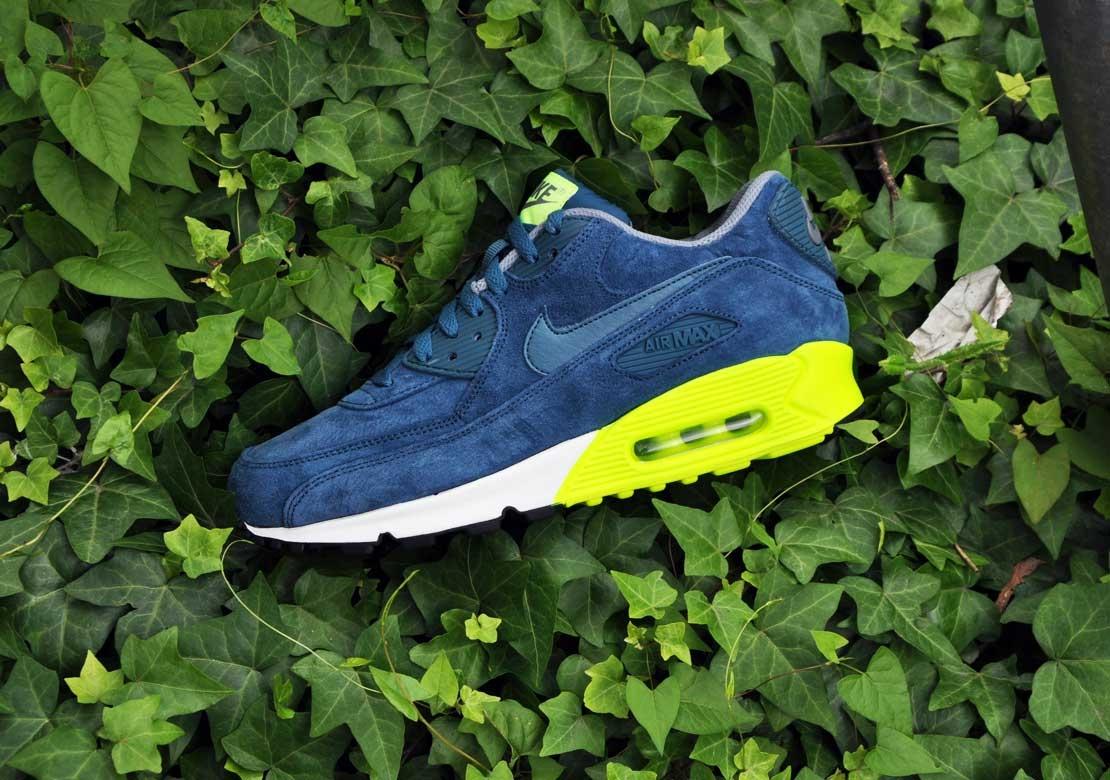 Nike Air Max 90 Premium–Blue Suede 2