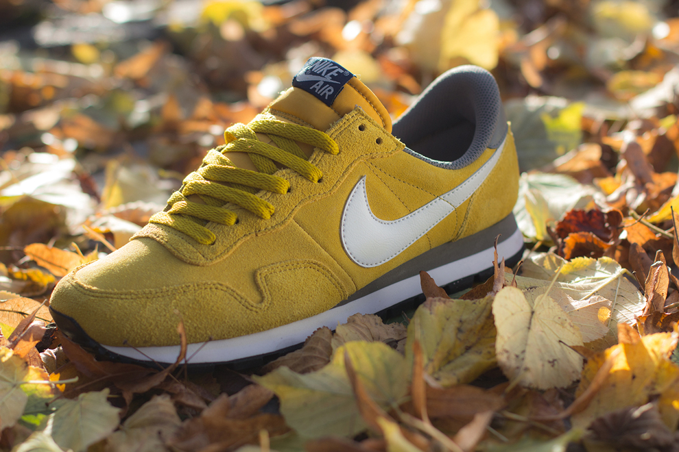 Nike-Air-Pegasus-83-Dark-Citron-1