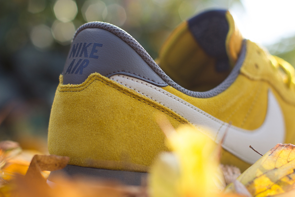 Nike Air Pegasus 83 Dark Citron 2