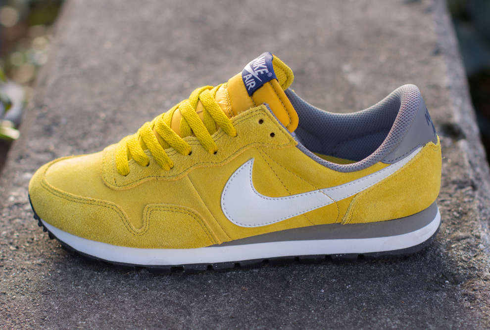 Nike Air Pegasus 83 Dark Citron 4