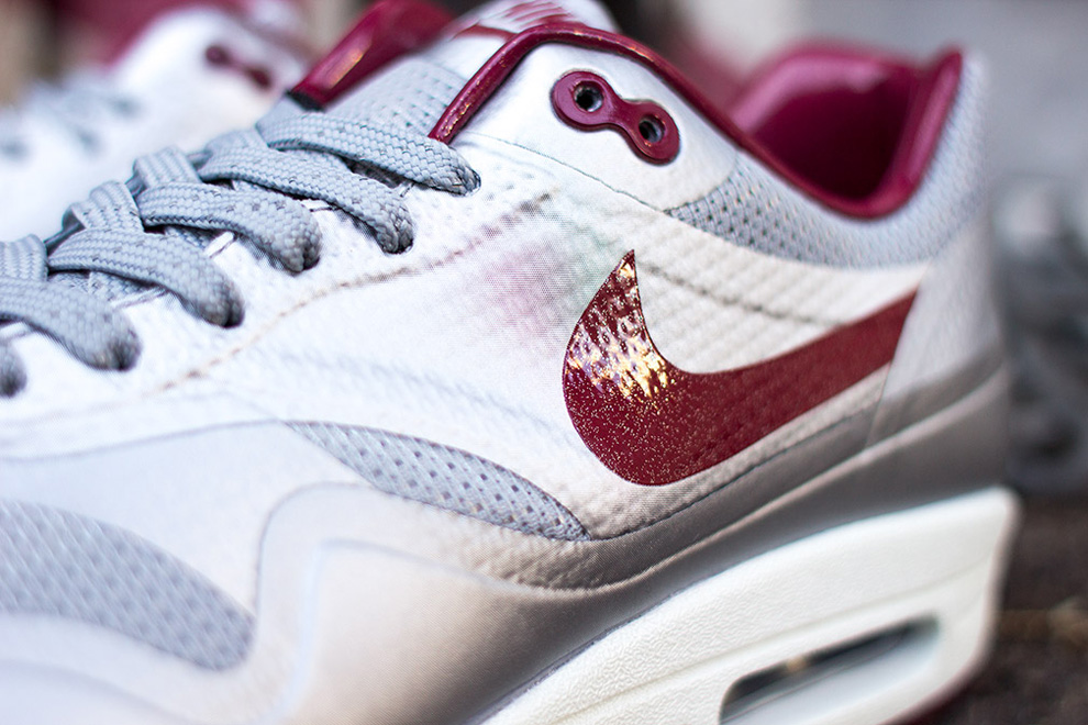 nike air max 1 hyperfuse night track deep red 3