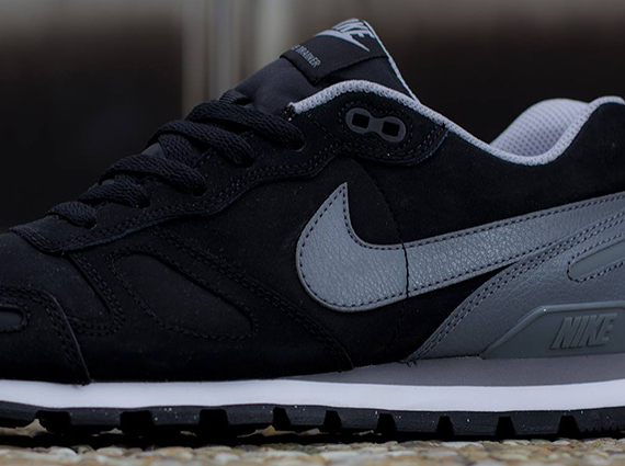 nike air waffle trainer leather black grey 01