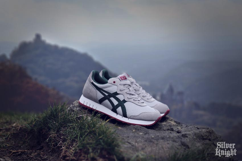 tgwo onitsuka tiger silver knight off feet 04