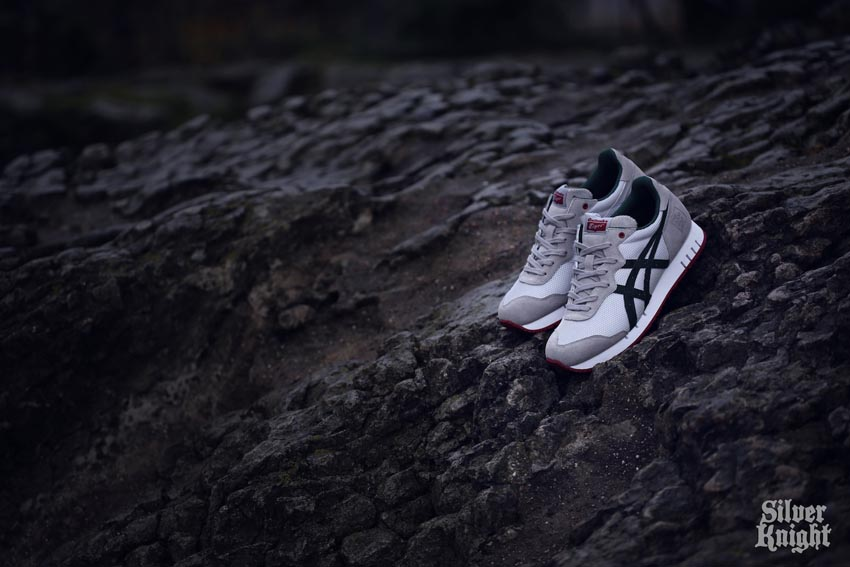 tgwo onitsuka tiger silver knight off feet 08