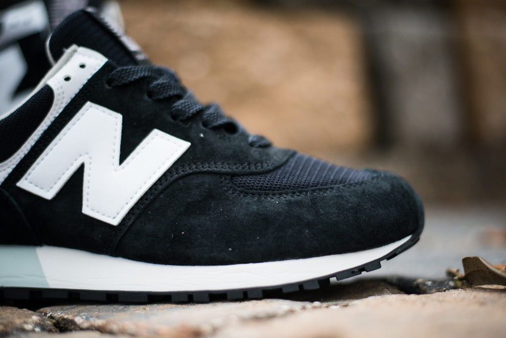 New Balance 576 Black White Suede Pack 5