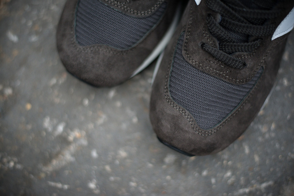 New Balance 576 Charcoal Suede Pack 5