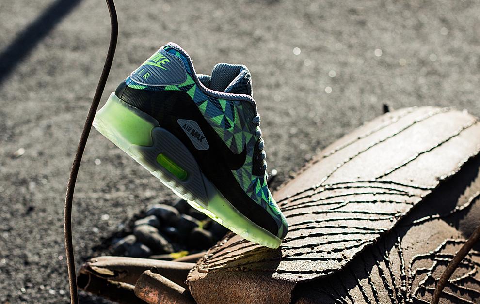 Nike Air Max 90 ICE 9