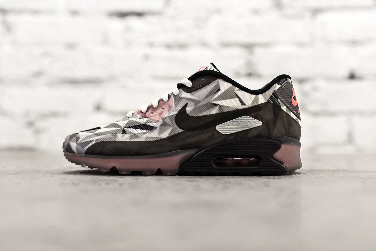 Nike Air Max 90 Ice White Cool Grey Black Infrared 1