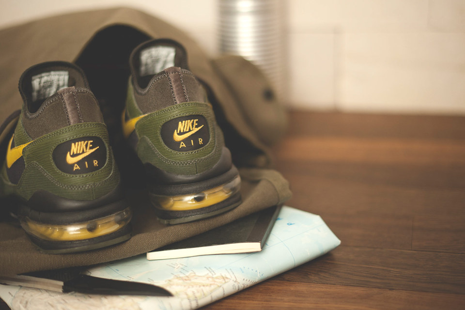 Nike x size Army Pack 6