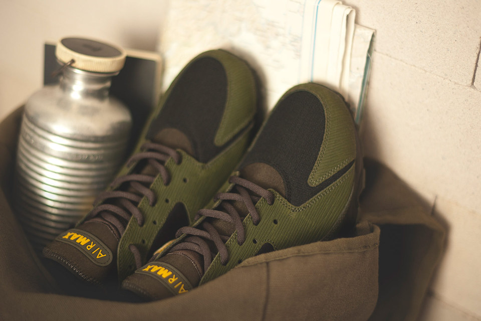 Nike x size Army Pack 7