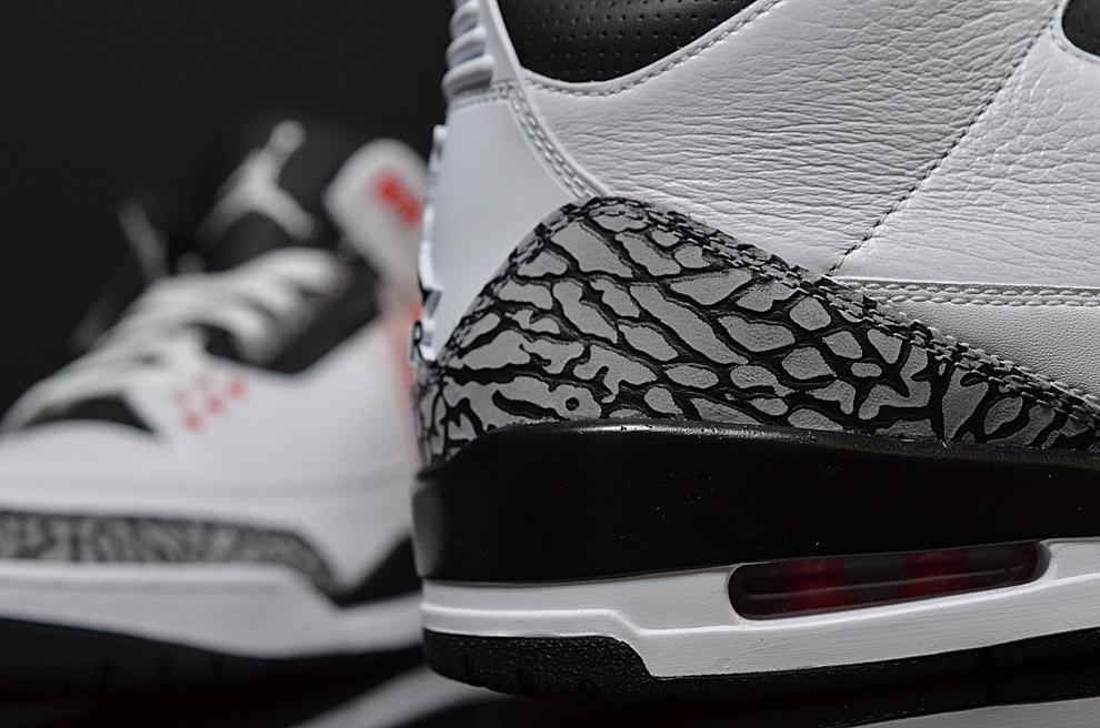 Air Jordan 3 Retro Infrared 23 5