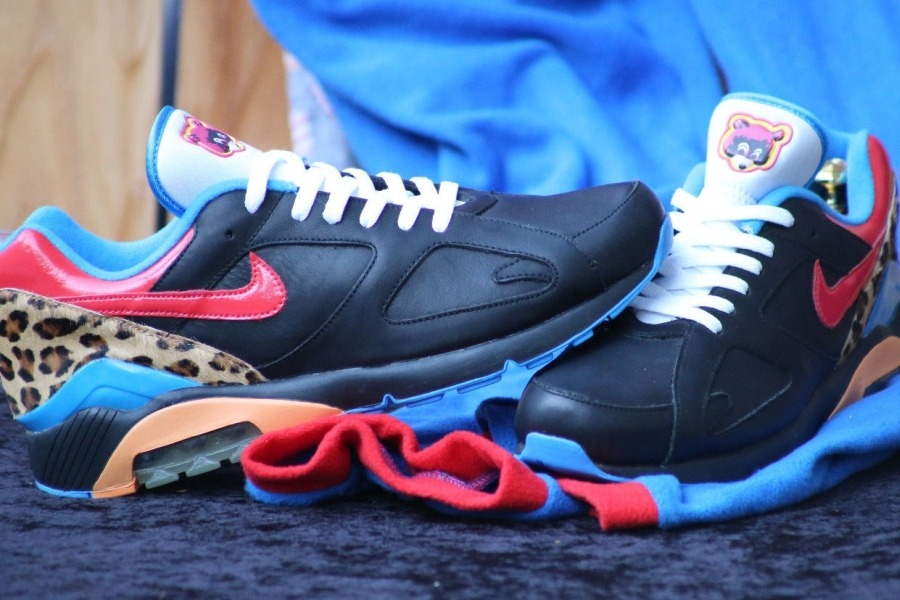Kanye West x Sneaker 2