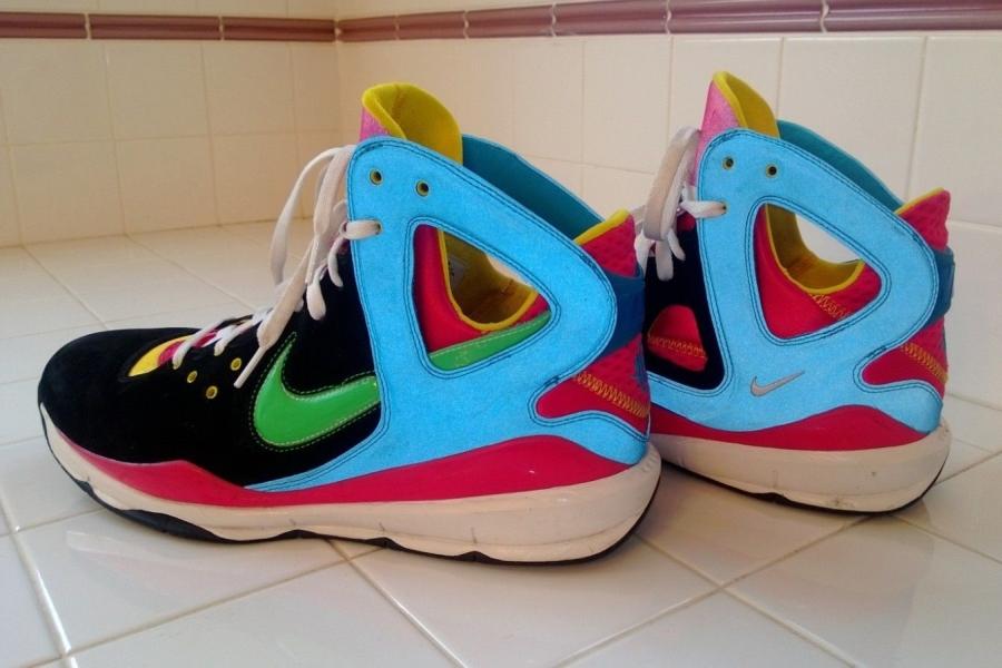Kanye West x Sneaker 6