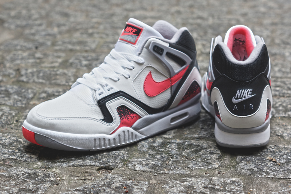 Nike-Air-Tech-Challenge-II-Hot-Lava-1