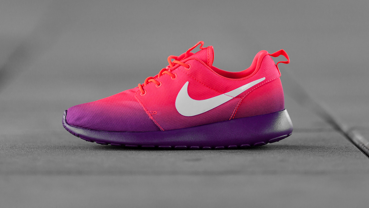 Nike Roshe Run Print Laser Crimson Bright Grape 2