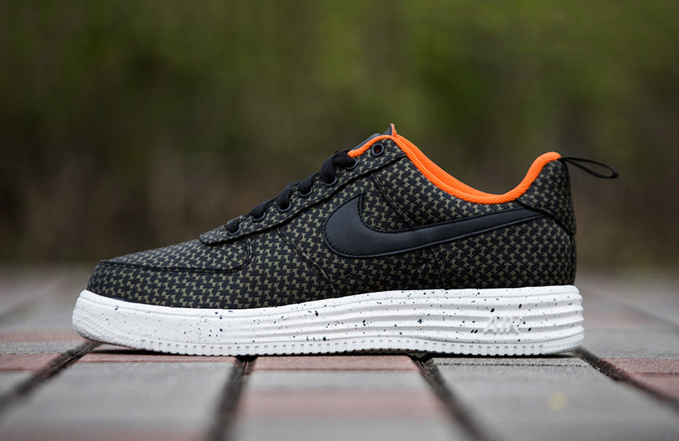 Undefeated x Nike Lunar Force 1 2014 Pack 3