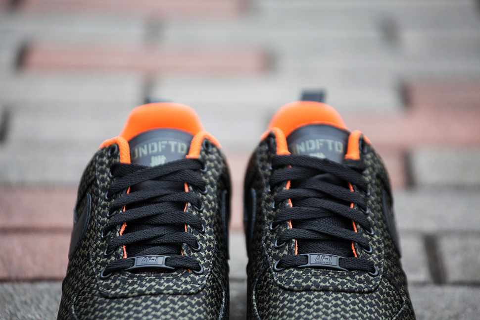 Undefeated x Nike Lunar Force 1 2014 Pack 4