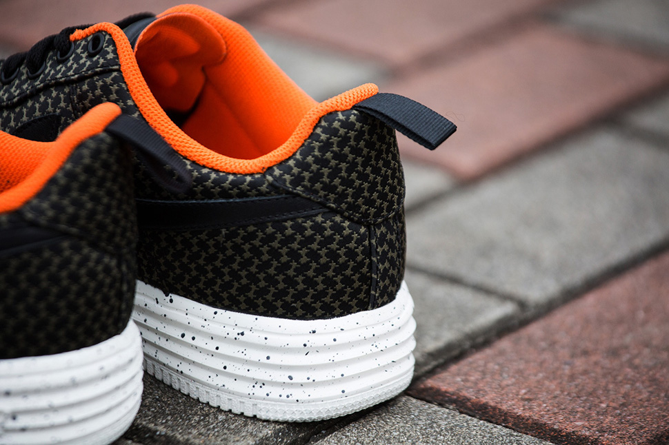 Undefeated x Nike Lunar Force 1 2014 Pack 6