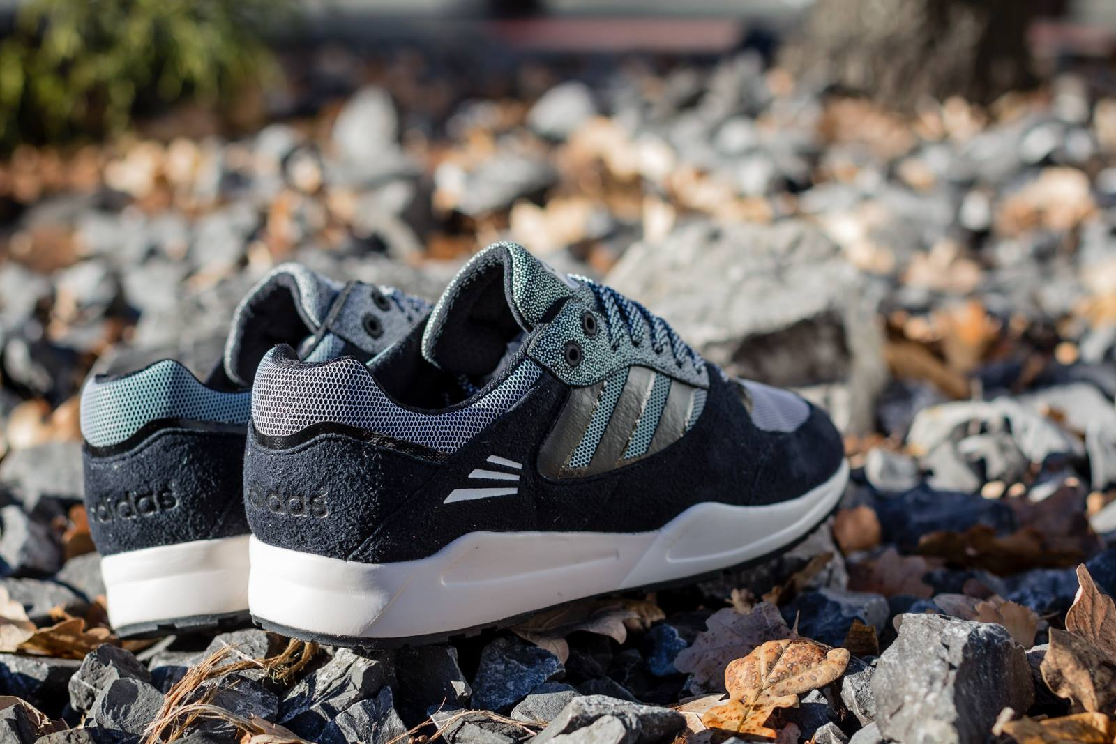 adidas tech super black white 8
