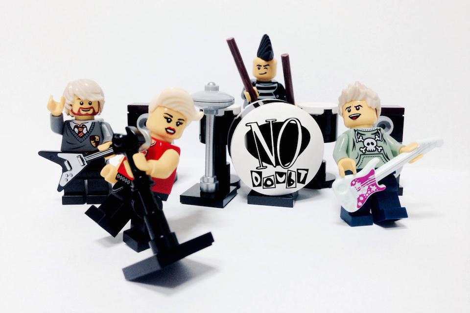 20 Iconic Bands x LEGO 13
