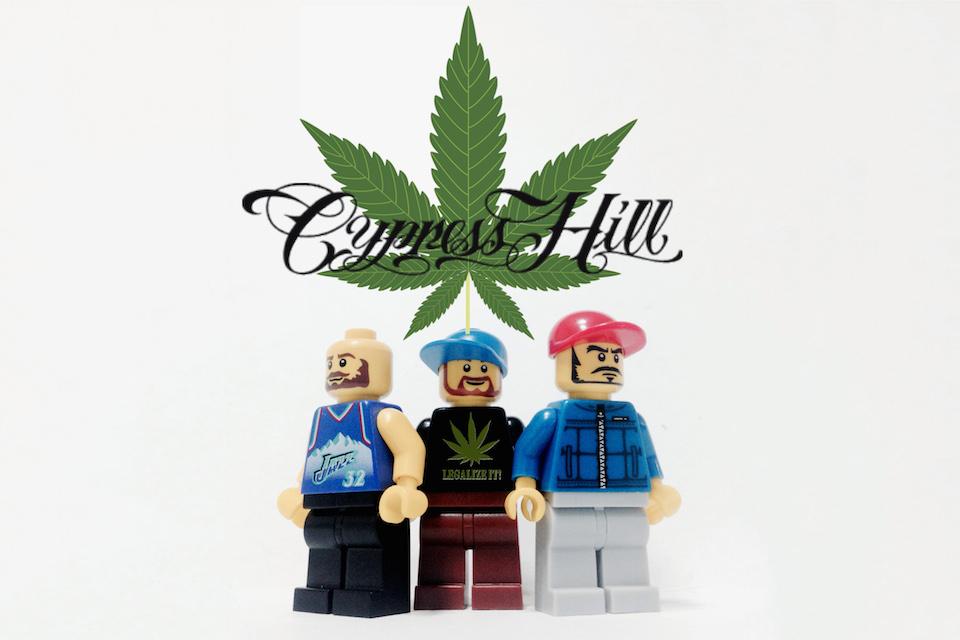20-Iconic-Bands-x-LEGO-14