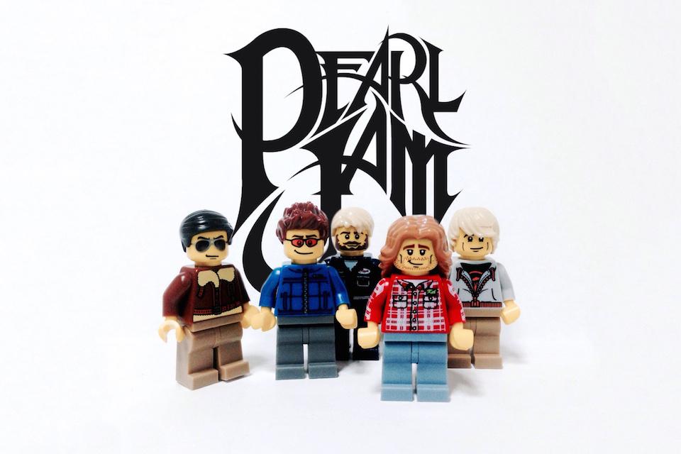 20 Iconic Bands x LEGO 16