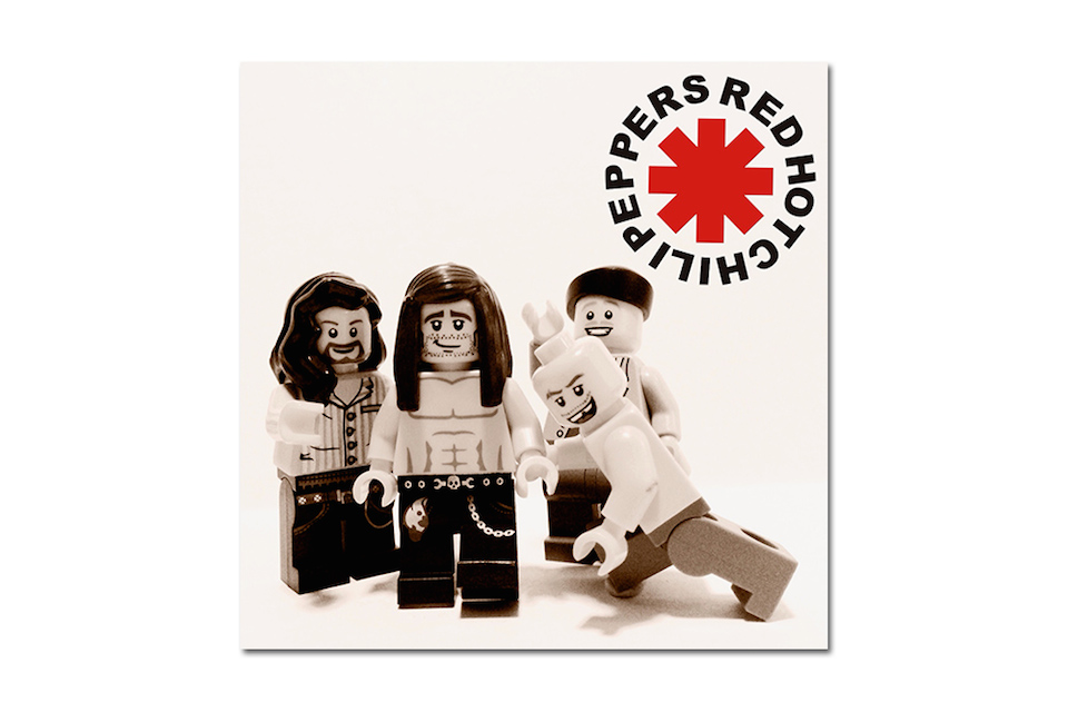 20 Iconic Bands x LEGO 4