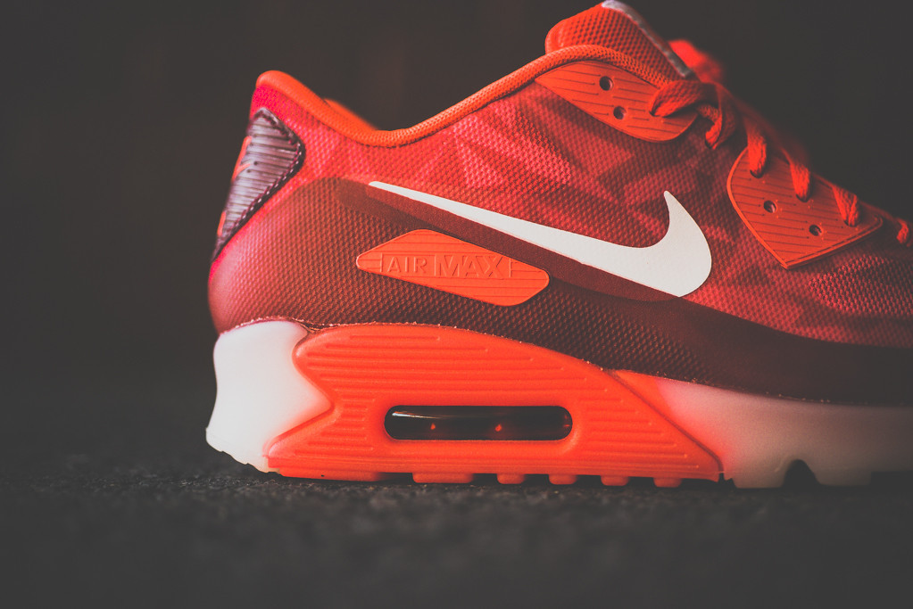 Nike Air Max 90 ICE Laser Crimson 4