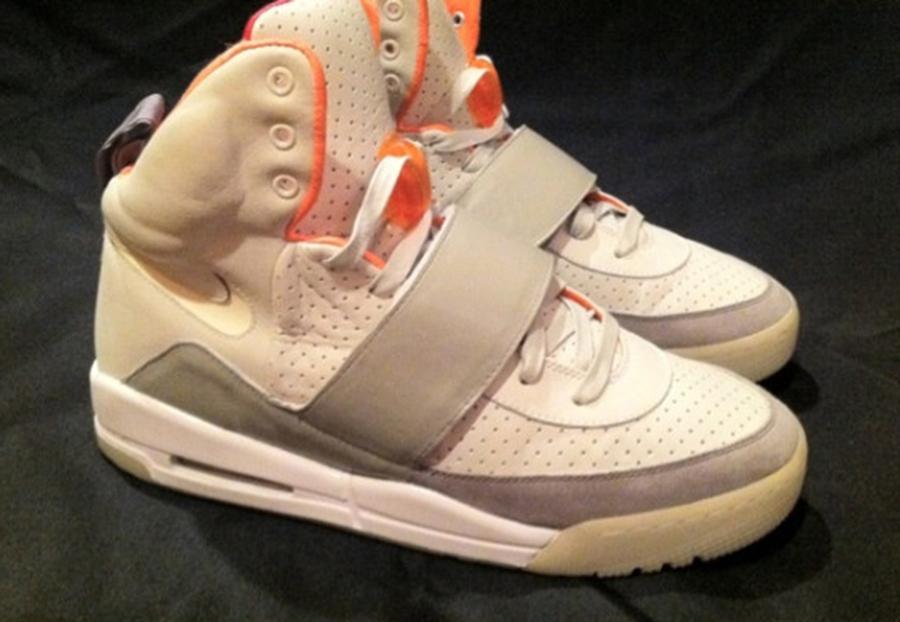 Nike Air Yeezy 11