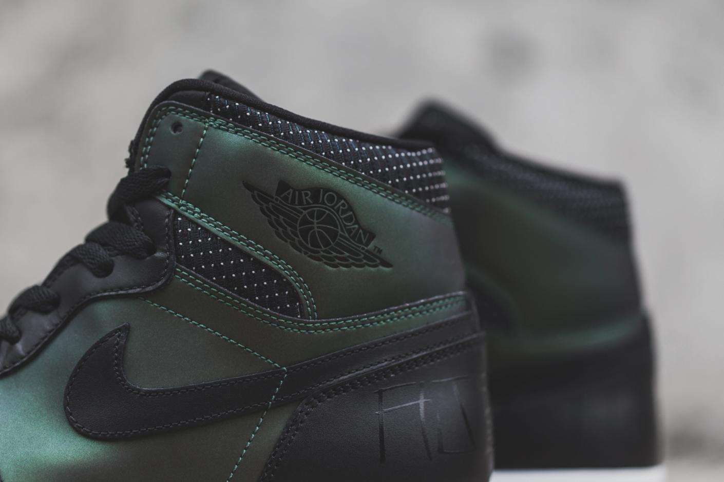 Nike SB x Air Jordan 1 by Craig Stecyk 4