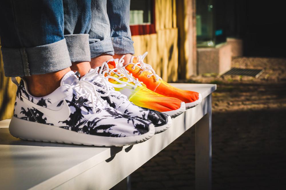 Nike WMNS Rosherun Palm Beach Sun 1 1000x666
