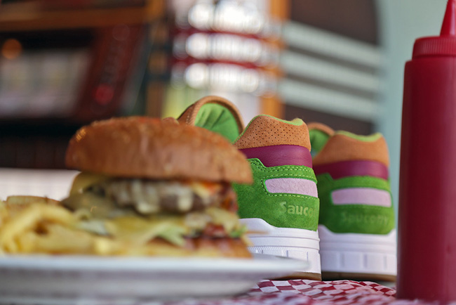 END x Saucony Shadow 5000 Burger