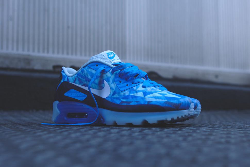 Nike Air Max Blaue Sohle