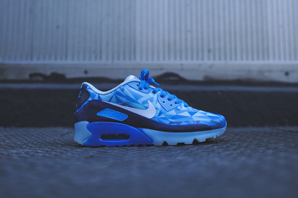 Nike Air Max 90 ICE Barely Blue 6
