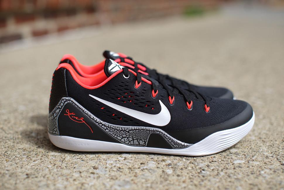 Nike Kobe 9 EM Laser Crimson 1