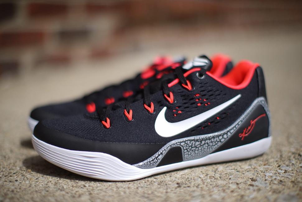 Nike Kobe 9 EM Laser Crimson 3