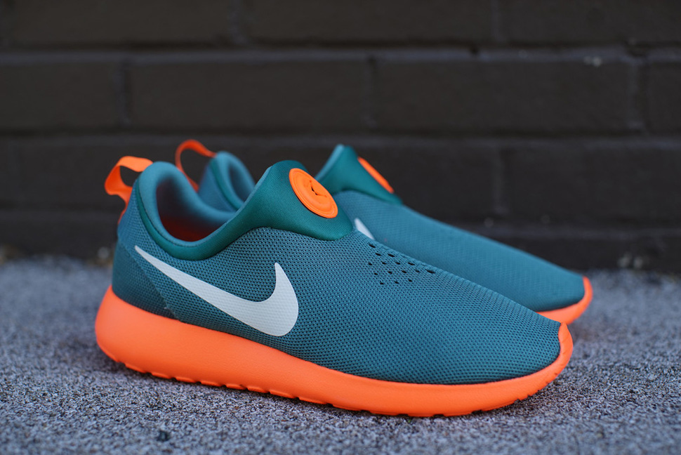 Nike Roshe Run Slip On Gators 1