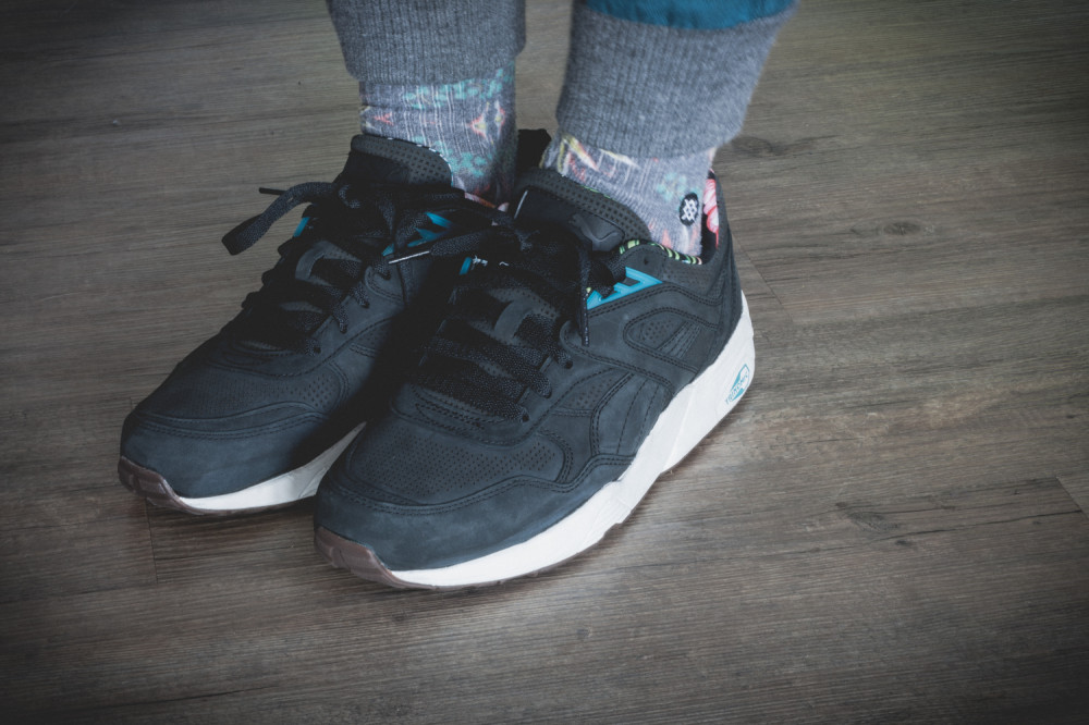 PUMA R698L Tropicalia Pack Black Review 15 1000x666