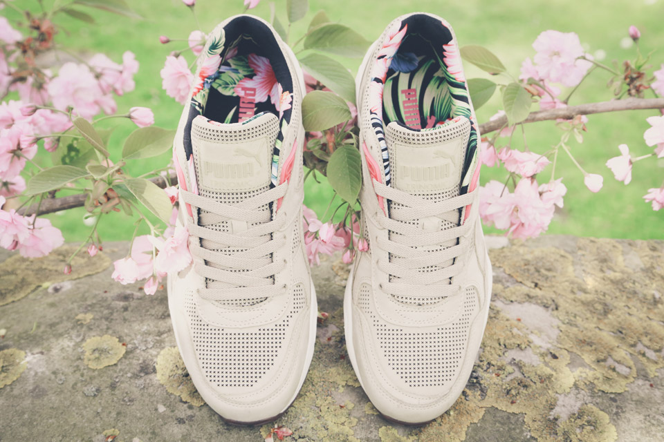 PUMA Tropicalia R698 Running Pack 4