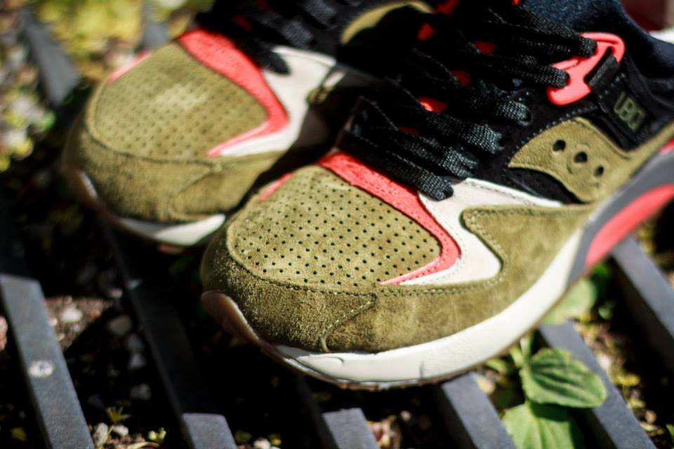 UBIQ x Saucony Grid 9000 Dirty Martini 8