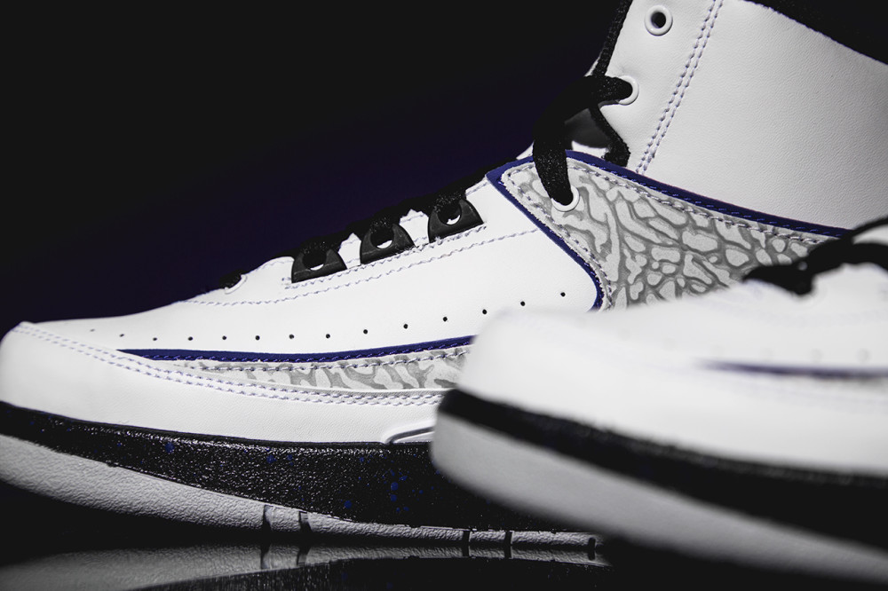 Air Jordan 2 Retro Dark Concord 3 1000x666