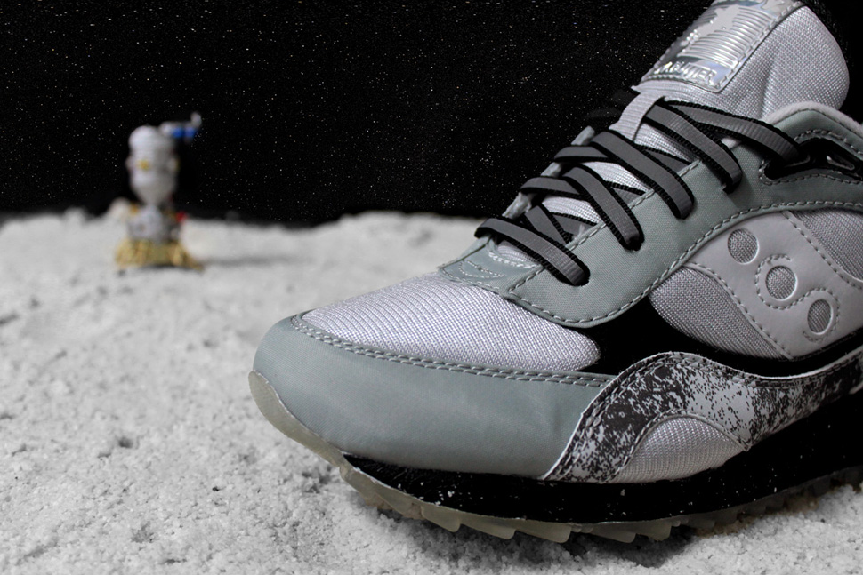 Extra Butter x Saucony Shadow 6000 Moon Walker 7