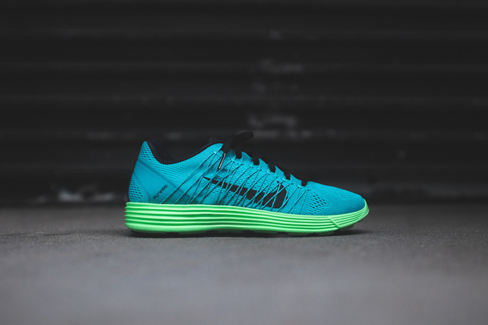 NIKE Lunaracer+ 3 Turbo Green 2 1000x666