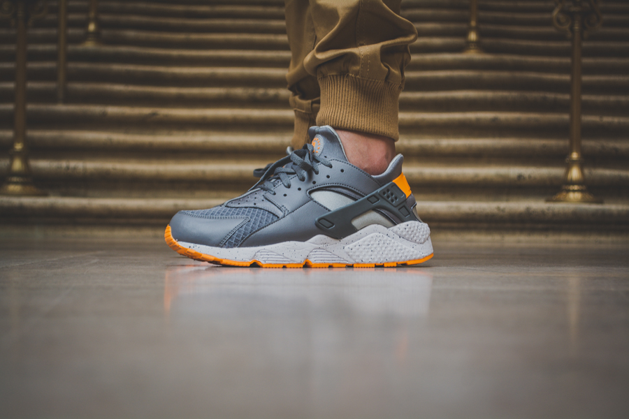 Nike Air Huarache Atomic Mango 1