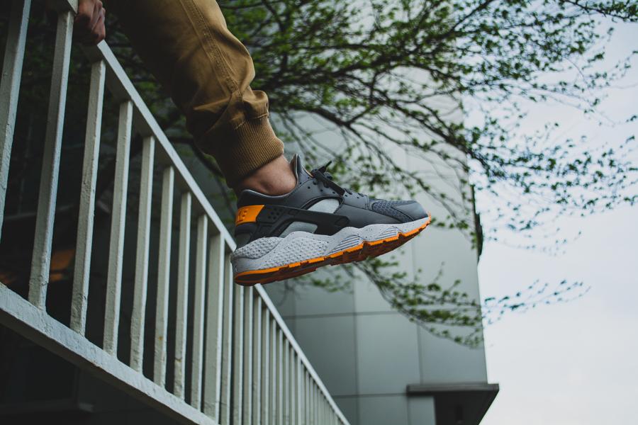 Nike Air Huarache Atomic Mango 6