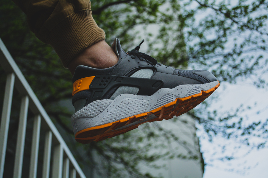 Nike Air Huarache Atomic Mango 7