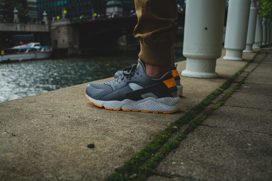 Nike Air Huarache Atomic Mango 9