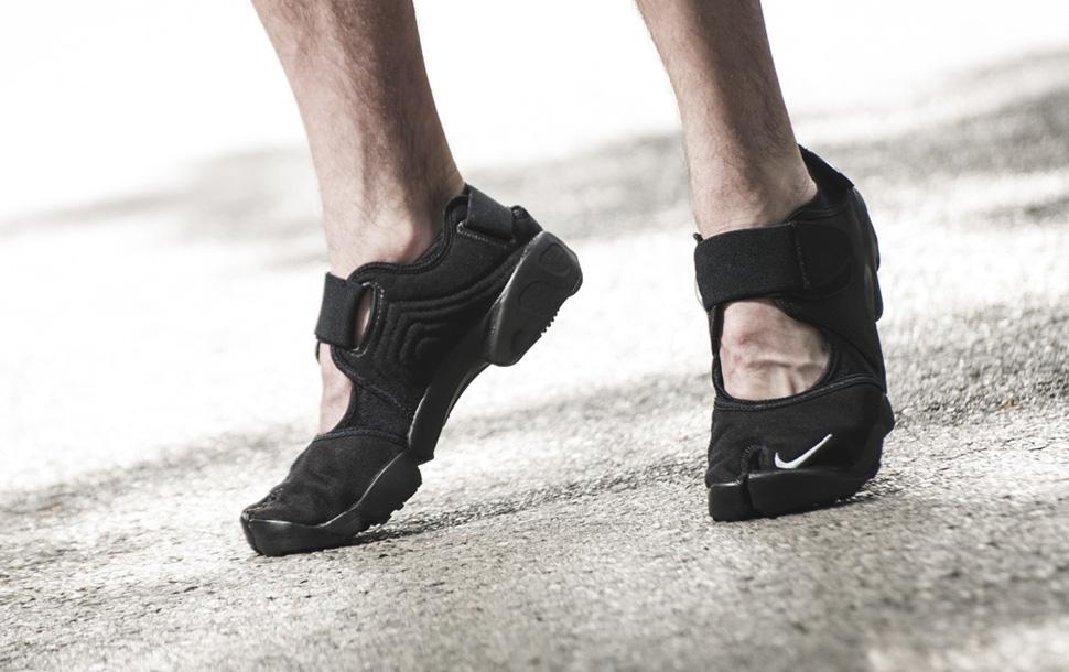 Nike Air Rift Genealogy of Free Black Pack 2