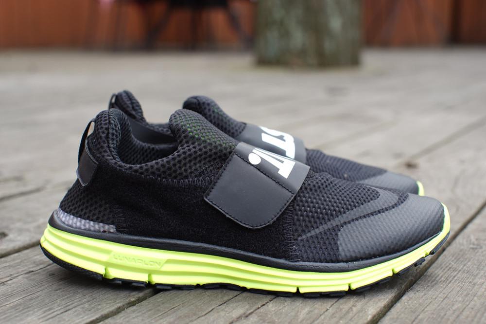 Nike Lunarfly 306 Black Volt 1 1000x667